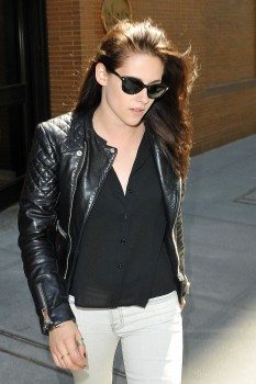 Leather Jackets Is the High-Rated Fashion for Women